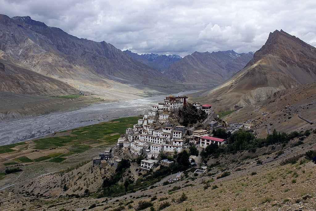 5 Most Beautiful Buddhist Monasteries Around The World 1