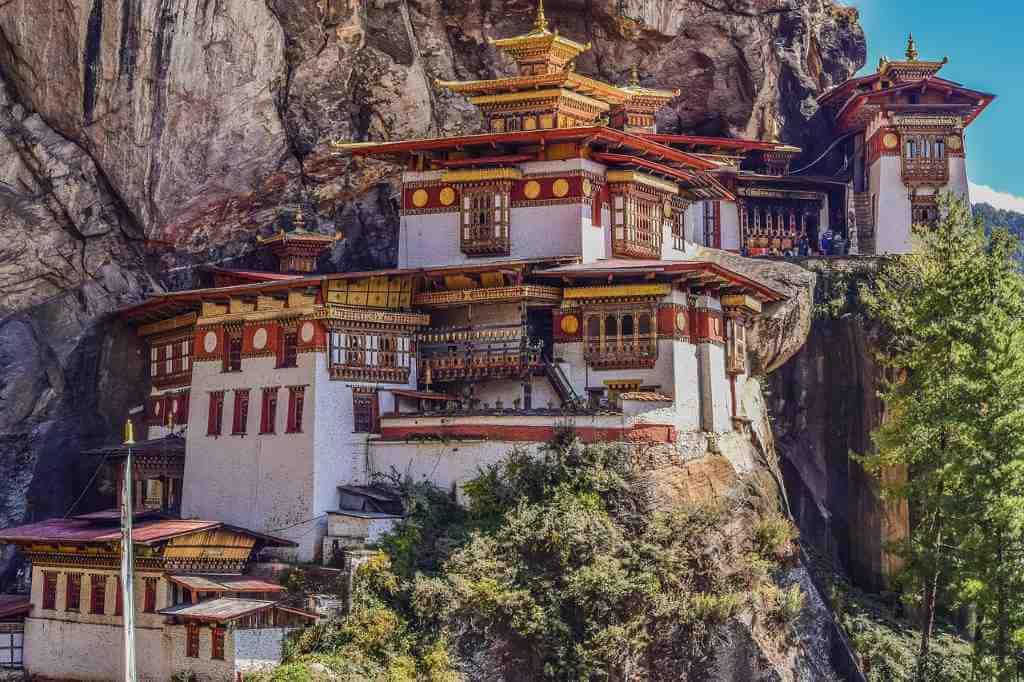 5 Most Beautiful Buddhist Monasteries Around The World