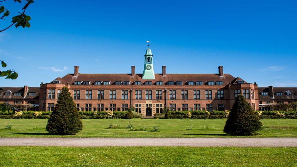 9 Best Universities For Media Studies