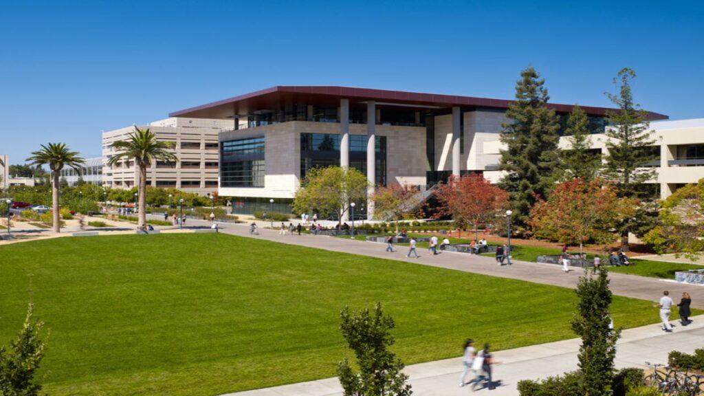 9 Best Universities For Media Studies 5