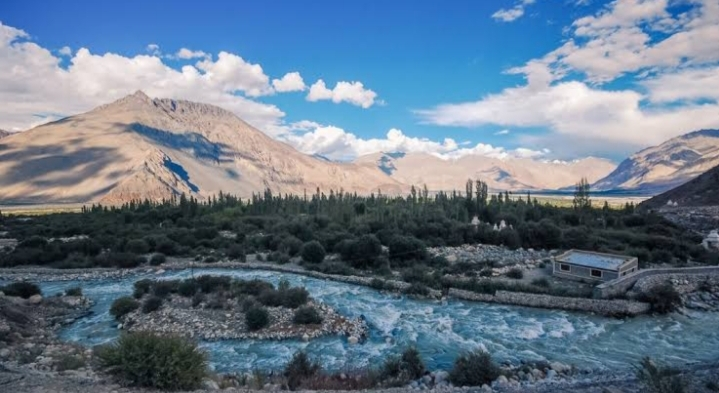 In Search Of A Thrilling Experience? Here Are Best Places In Ladakh 2