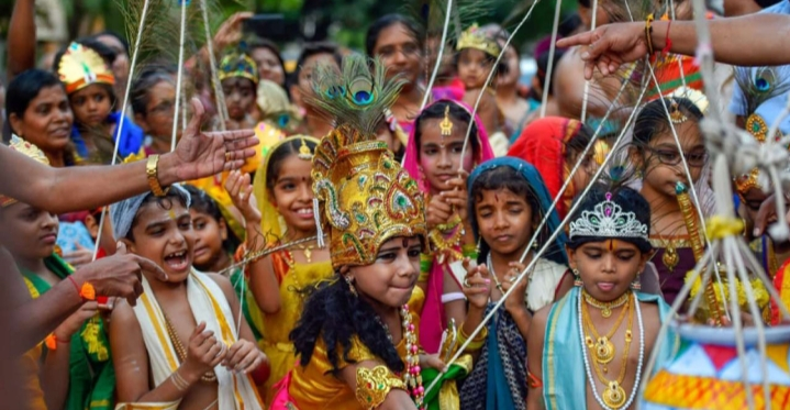 Most Celebrated Hindu Festivals In The Incredible India 4