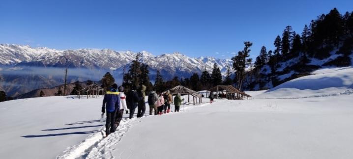 Is Kedarkantha Best Winter Trek In India? Know Here 1